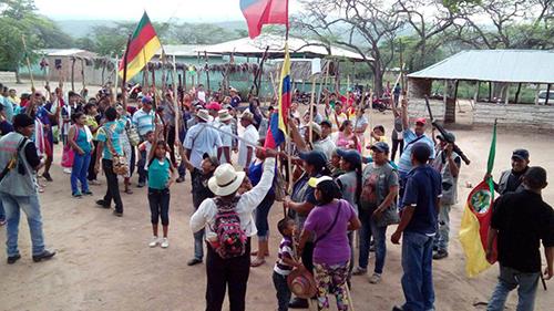 Grafica alusiva a Las líneas rojas de la paz de Santos:  También para la Cumbre Agraria